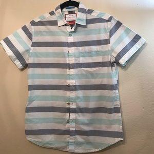 Men's short sleeved button down